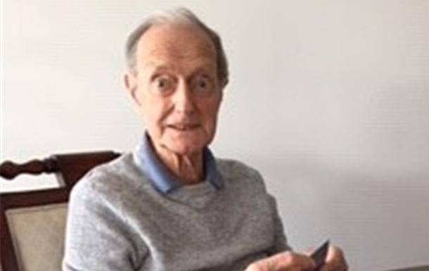 Kenneth Glyn  Humphreys