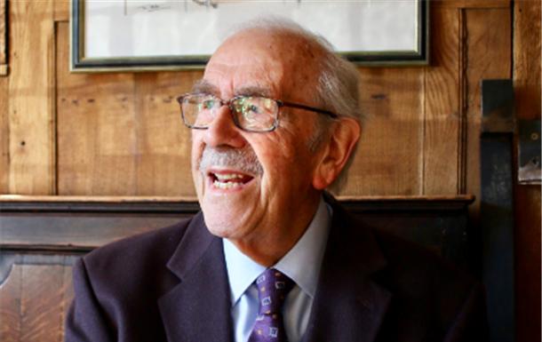 Peter  Manley