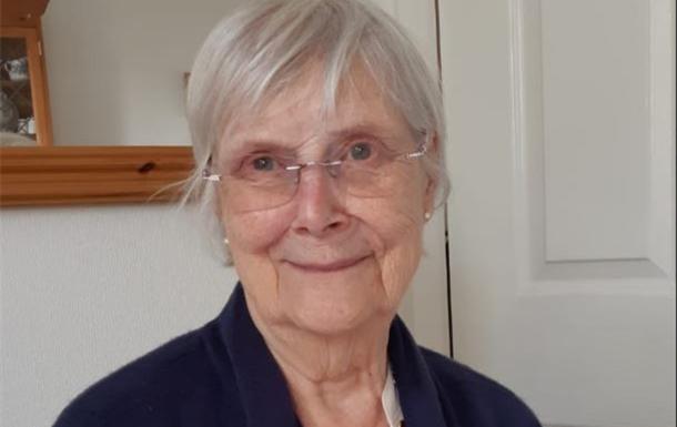 Sheila Mary  Holmes