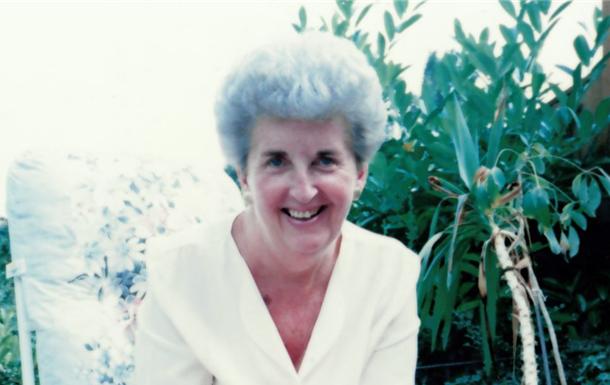 Yvonne Marian  Tassell 'Evie'